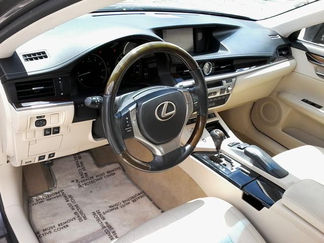 2013 Lexus ES 350 4dr Sdn San Antonio, Texas 15