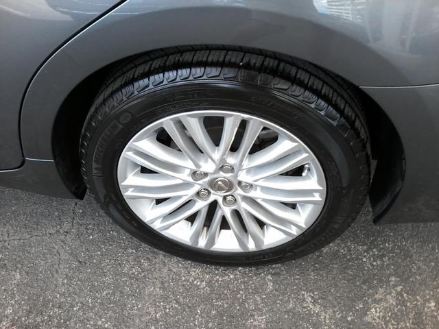 2013 Lexus ES 350 4dr Sdn San Antonio, Texas 34