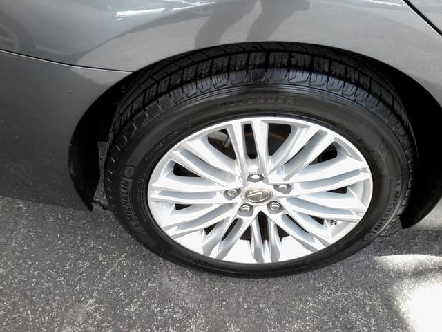 2013 Lexus ES 350 4dr Sdn San Antonio, Texas 35
