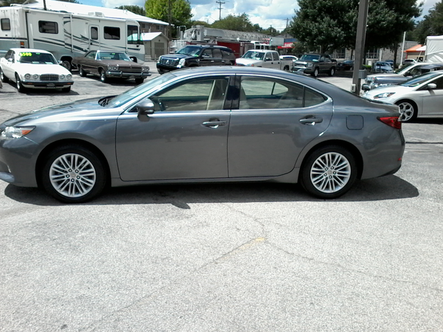 2013 Lexus ES 350 4dr Sdn San Antonio, Texas 5