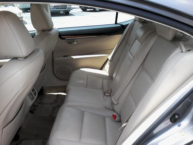 2013 Lexus ES 350 4dr Sdn San Antonio, Texas 9