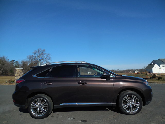 2013 Lexus RX450h Leesburg, Virginia 4
