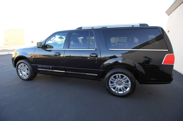 2013 Lincoln Navigator L MDL* NAVI* BACK UP* HEATED* DVD*  LOW MI* THX* PWR GATE* LEATHER* 3RD ROW* LOADED Las Vegas, Nevada 14