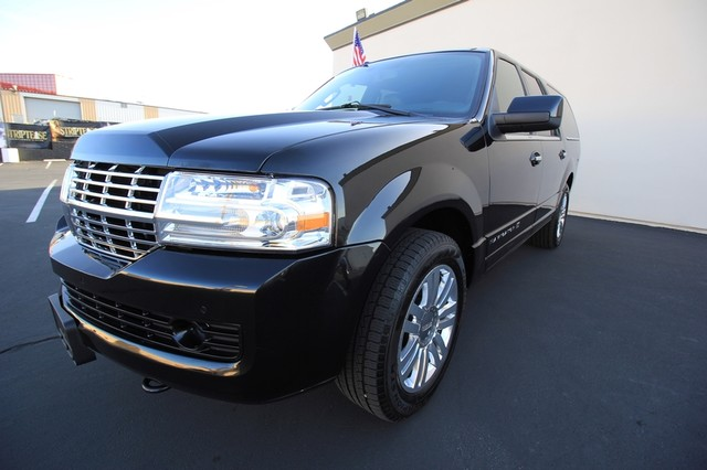 2013 Lincoln Navigator L MDL* NAVI* BACK UP* HEATED* DVD*  LOW MI* THX* PWR GATE* LEATHER* 3RD ROW* LOADED Las Vegas, Nevada 3