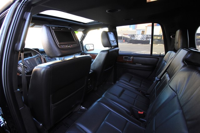 2013 Lincoln Navigator L MDL* NAVI* BACK UP* HEATED* DVD*  LOW MI* THX* PWR GATE* LEATHER* 3RD ROW* LOADED Las Vegas, Nevada 40