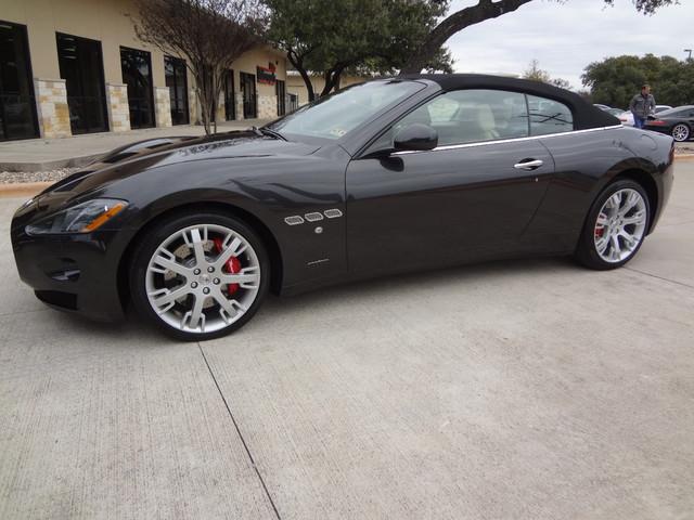 2013 Maserati GranTurismo Convertible Austin , Texas 10
