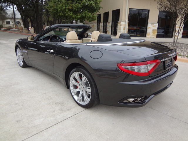 2013 Maserati GranTurismo Convertible Austin , Texas 1