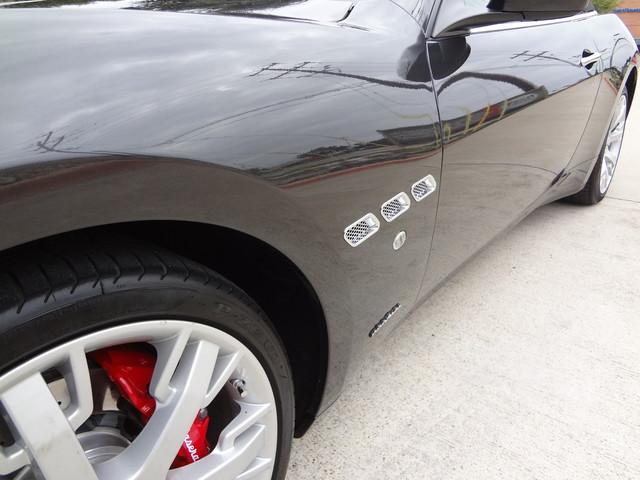 2013 Maserati GranTurismo Convertible Austin , Texas 8