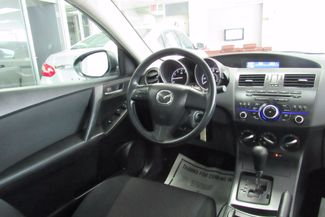 2013 Mazda Mazda3 i SV Chicago, Illinois 12