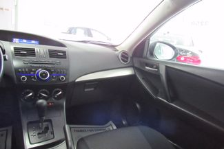 2013 Mazda Mazda3 i SV Chicago, Illinois 13