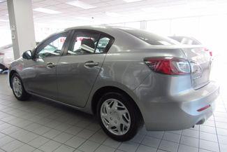 2013 Mazda Mazda3 i SV Chicago, Illinois 3