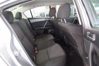 2013 Mazda Mazda3 i SV Chicago, Illinois 7
