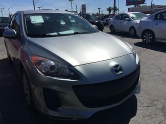 2013 Mazda Mazda3 i SV AUTOWORLD (702) 452-8488 Las Vegas, Nevada
