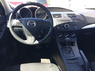 2013 Mazda Mazda3 i SV AUTOWORLD (702) 452-8488 Las Vegas, Nevada 3