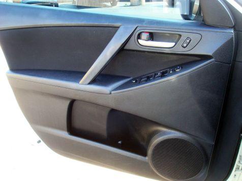 2013 Mazda Mazda3 i SV | Nashville, Tennessee | Auto Mart Used Cars Inc. in Nashville, Tennessee