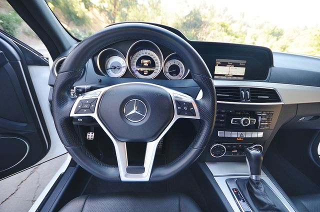 2013 Mercedes-Benz C 250 Sport - AUTO - 73K MILES - SUNROOF Reseda, CA 5