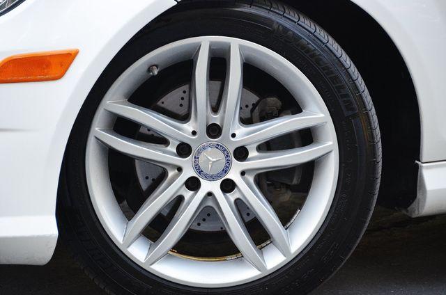 2013 Mercedes-Benz C 250 Sport - AUTO - 73K MILES - SUNROOF Reseda, CA 16