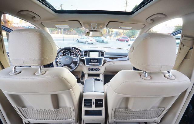 2013 Mercedes-Benz ML 350  AUTO - 33K MILES - NAVI - HTD STS - SUNROOF Reseda, CA 24