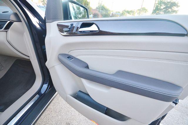 2013 Mercedes-Benz ML 350  AUTO - 33K MILES - NAVI - HTD STS - SUNROOF Reseda, CA 26