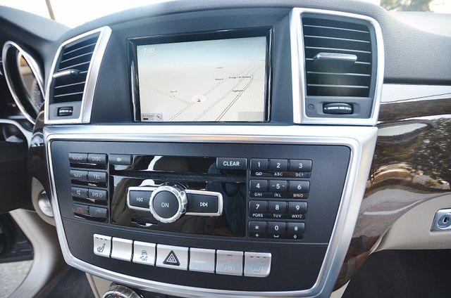 2013 Mercedes-Benz ML 350  AUTO - 33K MILES - NAVI - HTD STS - SUNROOF Reseda, CA 5