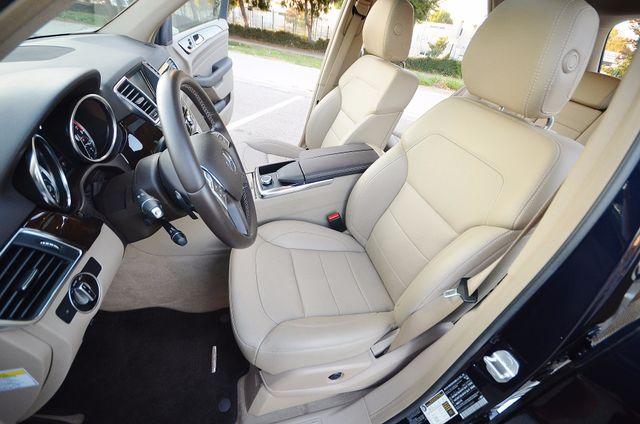 2013 Mercedes-Benz ML 350  AUTO - 33K MILES - NAVI - HTD STS - SUNROOF Reseda, CA 35