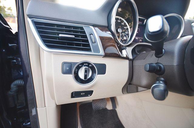 2013 Mercedes-Benz ML 350  AUTO - 33K MILES - NAVI - HTD STS - SUNROOF Reseda, CA 39