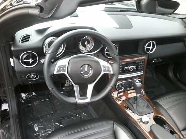 2013 Mercedes-Benz SLK 350 Sport ,Designo San Antonio, Texas 20