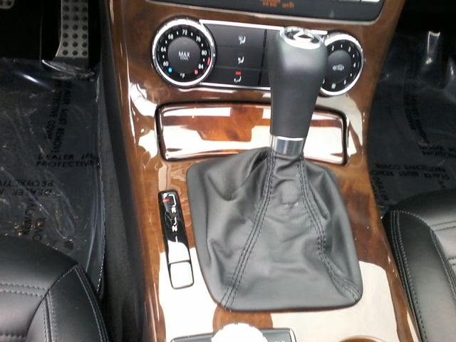 2013 Mercedes-Benz SLK 350 Sport ,Designo San Antonio, Texas 23