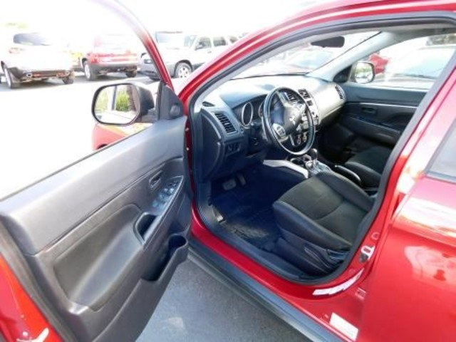 2013 Mitsubishi Outlander Sport ES Ephrata, PA 10