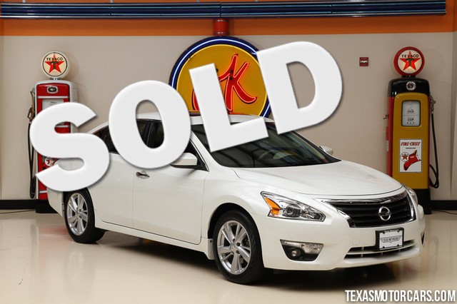 2013 Nissan Altima 25 SL This Carfax 1-Owner 2013 Nissan Altima 25 SL is in great shape with onl