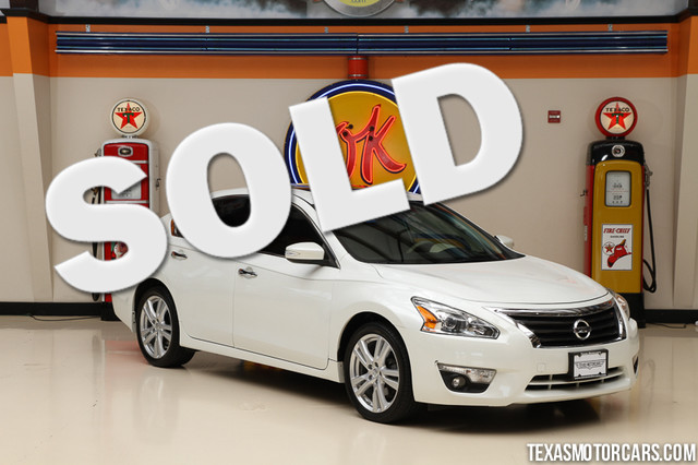 2013 Nissan Altima 35 SL This Carfax 1-Owner 2013 Nissan Altima 35L SL is in great shape with on