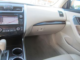 2013 Nissan Altima 2.5 SL Batesville, Mississippi 28