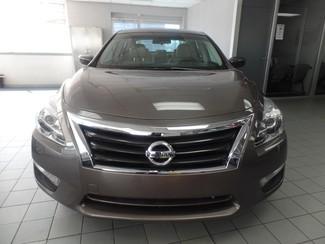 2013 Nissan Altima 2.5 SV Chicago, Illinois 1