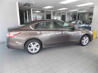 2013 Nissan Altima 2.5 SV Chicago, Illinois 4