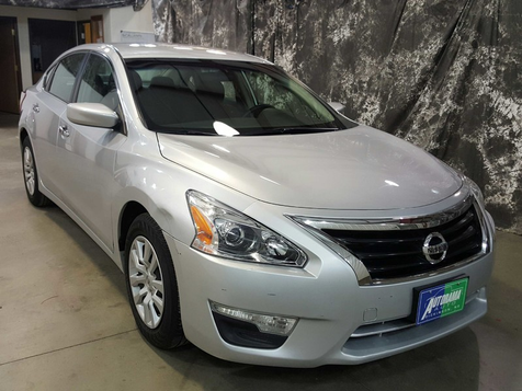 2013 Nissan Altima 2.5 S in , ND