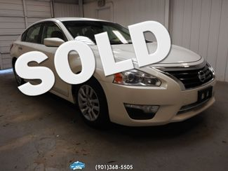 2013 Nissan Altima in Memphis Tennessee