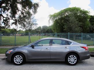2013 Nissan Altima 2.5 S Miami, Florida 1