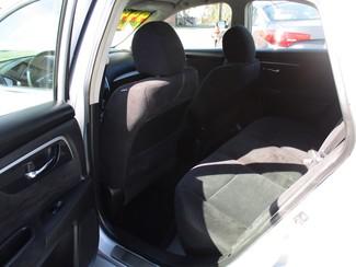 2013 Nissan Altima 2.5 S Milwaukee, Wisconsin 9
