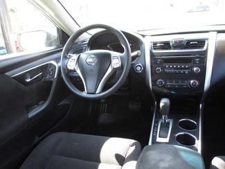 2013 Nissan Altima 2.5 S Milwaukee, Wisconsin 12