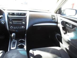 2013 Nissan Altima 2.5 S Milwaukee, Wisconsin 13