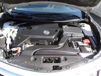 2013 Nissan Altima 2.5 S Milwaukee, Wisconsin 22