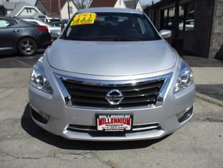 2013 Nissan Altima 2.5 S Milwaukee, Wisconsin 1