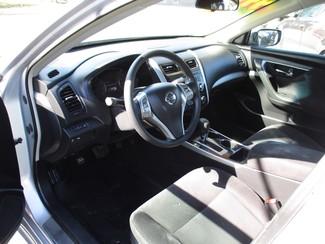 2013 Nissan Altima 2.5 S Milwaukee, Wisconsin 6