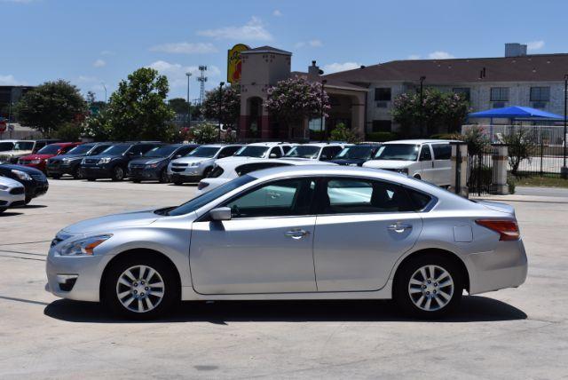 2013 Nissan Altima 2.5 S San Antonio , Texas 3