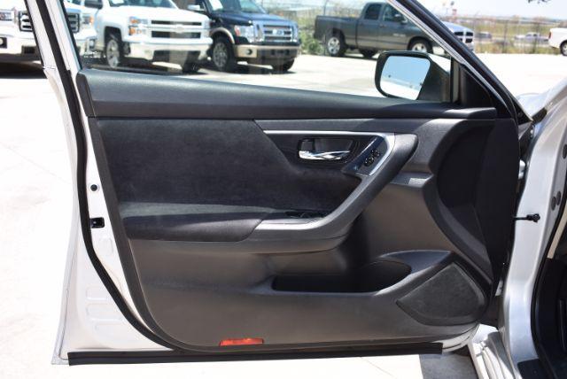 2013 Nissan Altima 2.5 S San Antonio , Texas 12