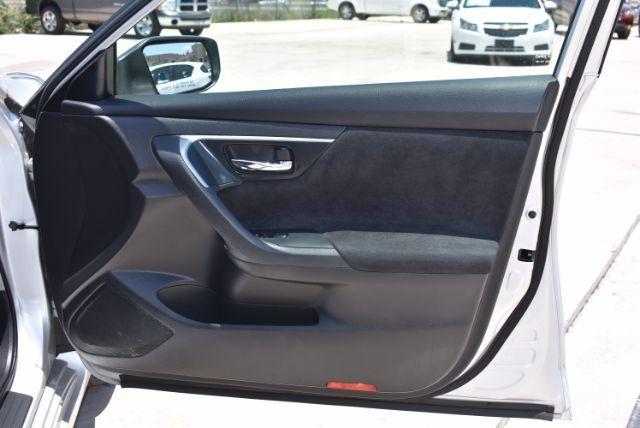 2013 Nissan Altima 2.5 S San Antonio , Texas 25