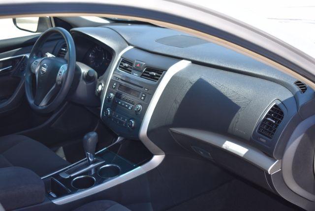 2013 Nissan Altima 2.5 S San Antonio , Texas 24