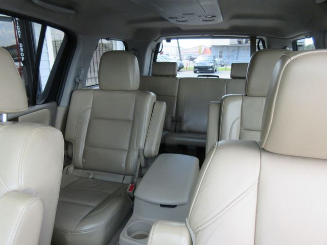 2013 Nissan Armada, PRICE SHOWN IS ASKING DOWN PAYMENT south houston, TX 8