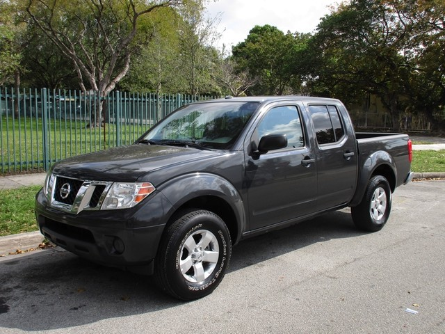 2013 Nissan Frontier SV Come and visit us at oceanautosalescom for our expanded inventoryThis of