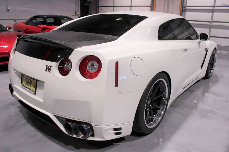 2013 Nissan GT-R Premium  Lake Forest IL  Executive Motor Carz  in Lake Forest, IL